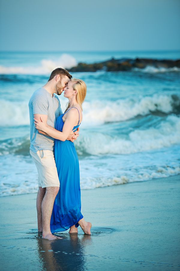 Engagement Session in Spring Lake, New Jersey | Aisle Perfect #engagement #photography