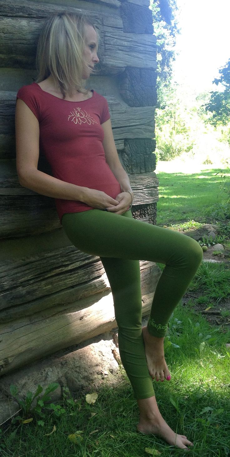Cozy, Comfortable, Stretchy, Organic Cotton and Spandex...And, Made In Canada ! Squeezed Yoga Clothing Fern Green Yoga Leggings http://squeezed.ca/shop/squeezed-fern-green-yoga-leggings