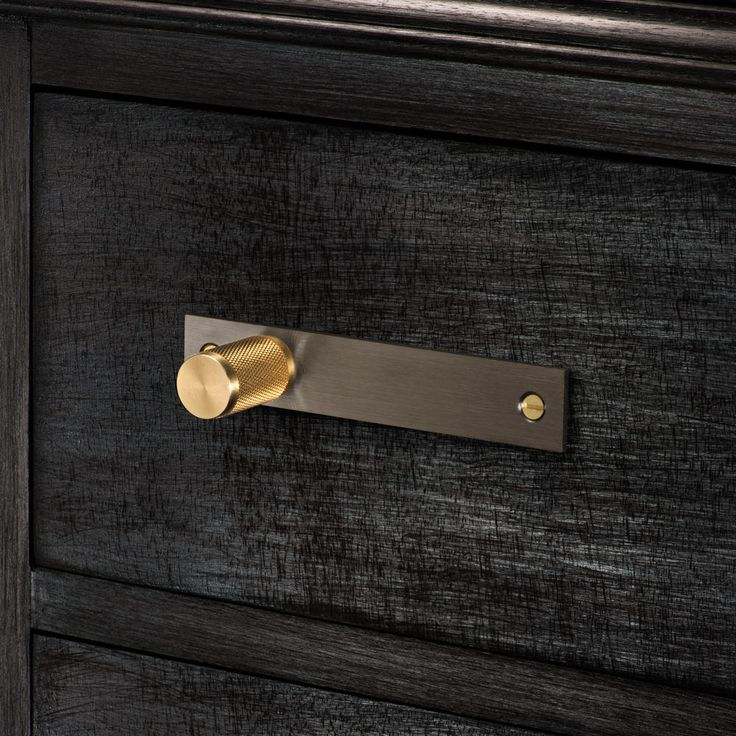 FURNITURE HANDLE / SMOKED BRONZE & BRASS - Buster + Punch