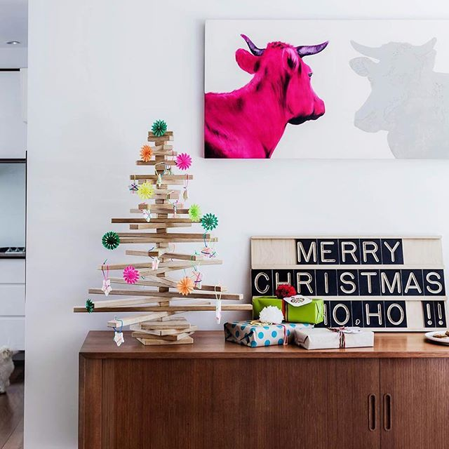 From All Of Us At The Interior Design Institute We Would Like To Wish You A Wonderful Christmas Hope Your Stockings Are Filled With Fabulous Pi