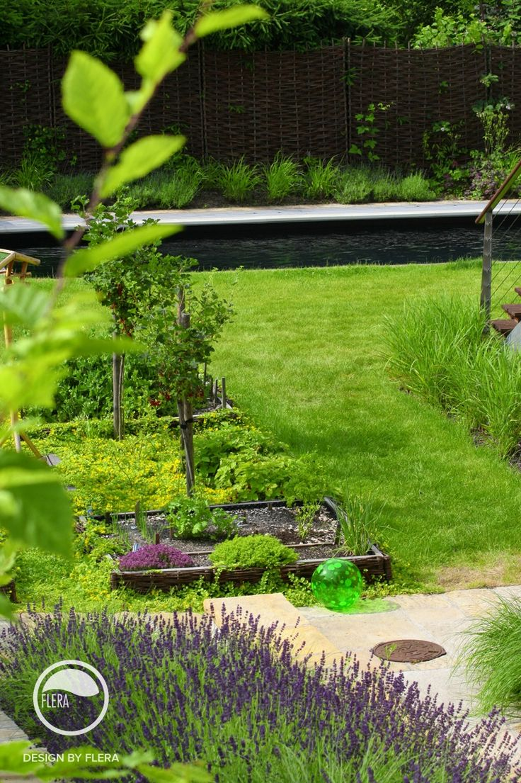 #landscape #architecture #garden #natural #willow #bed #herbs