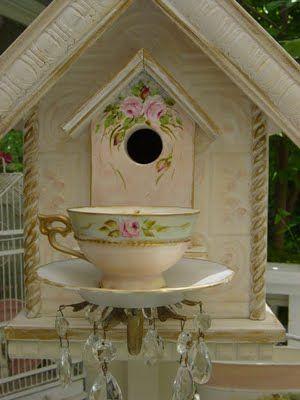 Imelda ve a teresa powell no se si sea con una l o ll ok fijate en el nombre de estas casitas tiene cosas preciosas