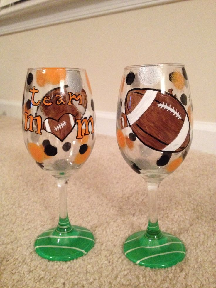 Team Mom Gift!  Painted Wine Glasses