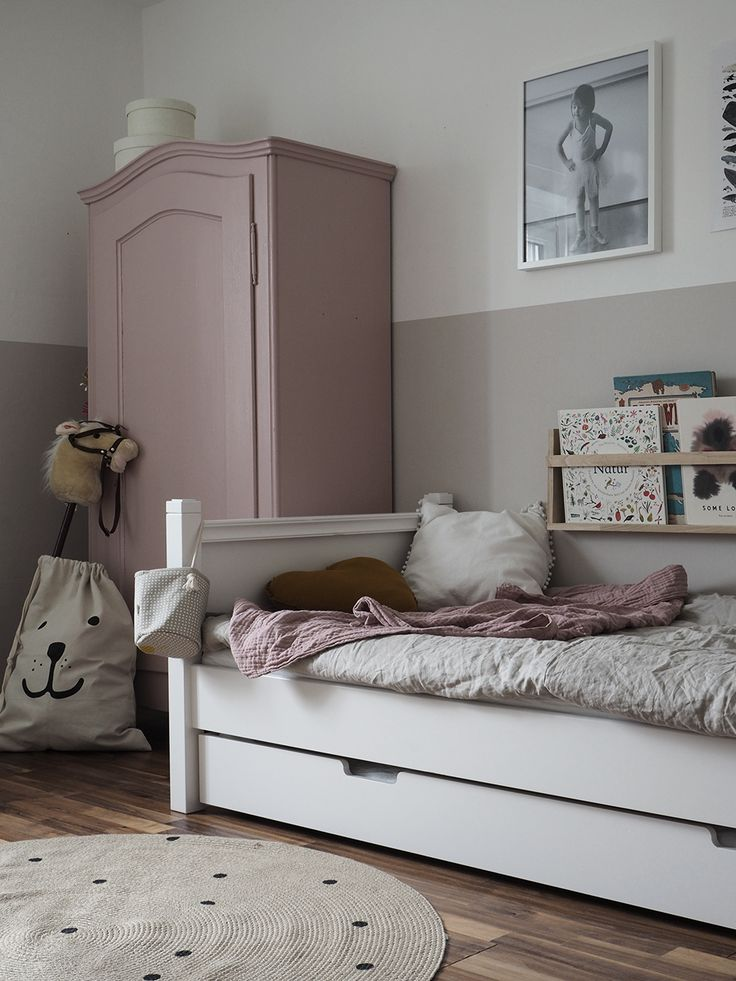die besten 25 kinderzimmer streichen ideen auf pinterest kinderzimmer wand m dchen zimmer. Black Bedroom Furniture Sets. Home Design Ideas