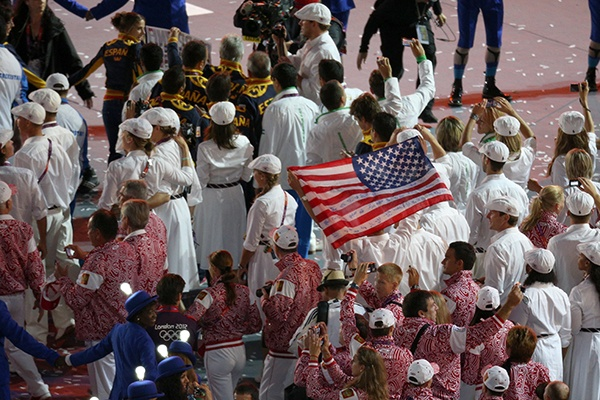 American and Russian athletes parade through the stadium during the Closing Ceremony on Day 16 of the London 2012 Olympic Games at Olympic Stadium. (Photo by Feng Li/Getty Images)