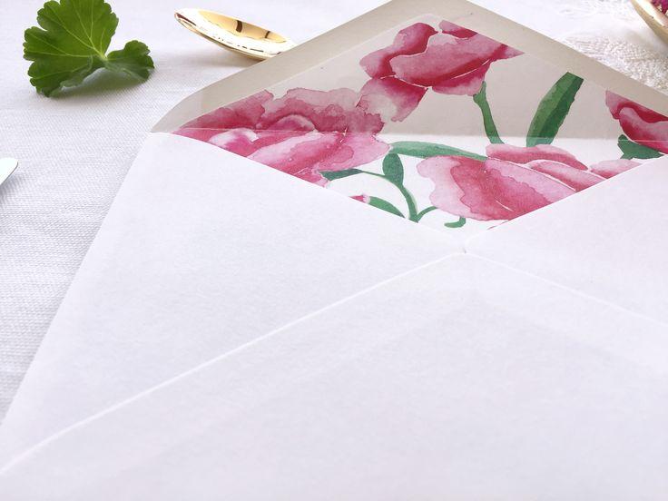 #sobresforrados #flowers. 'La Virginia' es la segunda colección de #papeleriadebodas de #Loveratory. Encierra la esencia de Andalucía alejándose de los tópicos. Flores, siesta, azahar, el rumor de una fuente, el blanco de las fachadas encaladas, el dorado del sol, la alegría, la calma, todo eso es 'La Virginia'. #weddingstationery #invitacionesdeboda2016 #invitacionesdeboda2017 #invitacionesdeboda #tarjetasdeboda #weddingpaper  #meserosdeboda #brandingddeboda #invitacionesdeacuarela