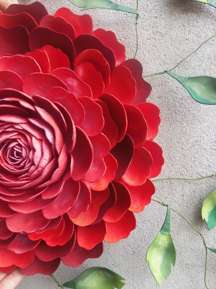 Mandala de flor com embalagem de maçã e tinta spray