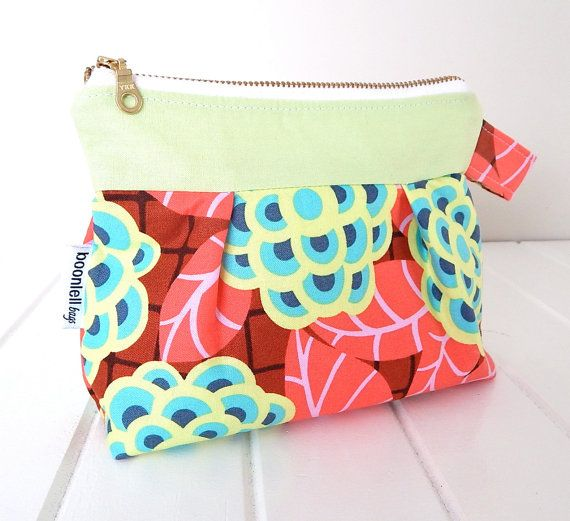 Make-up Pouch - Make-up Purse - Cosmetic Purse - Zipper Opening - in Green, Blue, Red Amy Butler Flower Fabric - Handmade - Ladies Gift