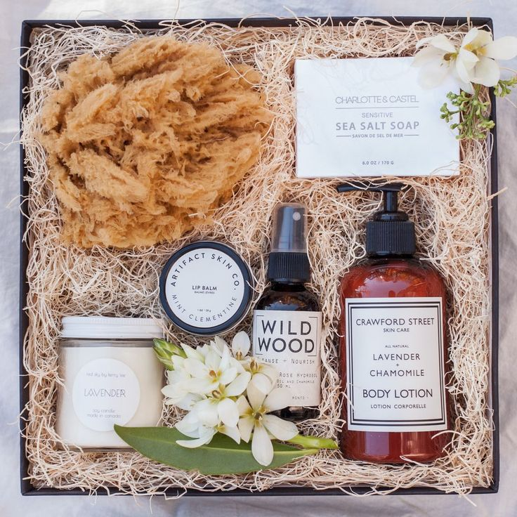 RETREAT SPA GIFT BOX - These natural local goods create a perfect bridesmaid gift box idea!