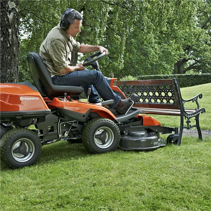 Ride on Lawn Tractor Our Riders all have a front-mounted cutting-deck. It will give you a complete overview of the working area, allowing you to trim edges and reach into corners. Ride on La…