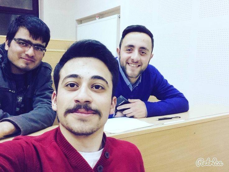 #sınıf#aramaktan#mülteci#olduk :) by kerimagca24 #masiva http://masiva.org