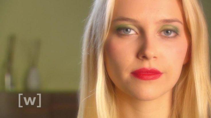 Schminke - schön oder schädlich? Viele Frauen lieben es, sich zu schminken. Doch Wimperntusche, Lippenstift & Co. können dem Körper schaden. Oft macht dabei die Dosis das Gift.