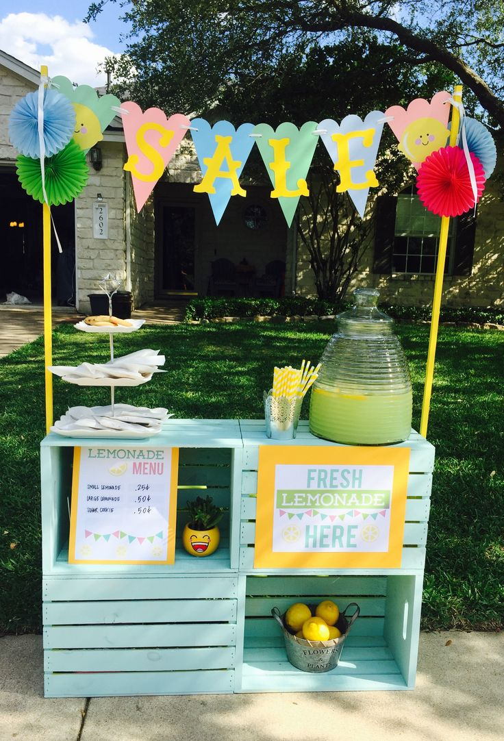 Crate Lemonade Stand DIY