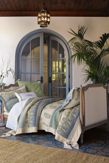 I want this bedding. I also want that room. And everything that surrounds it.: The Doors, Marrakesh Expressions, Fine Linens, Soft Surroundings, Doors Color, Arches Doors, Expressions Quilts, Guest Rooms, Pillows Shams