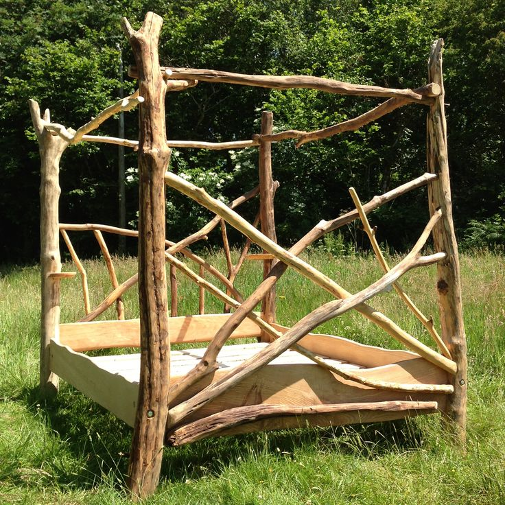 Sean s favorite branch bed  we will combine it with mine. 17 Best images about Log and Root Furniture on Pinterest