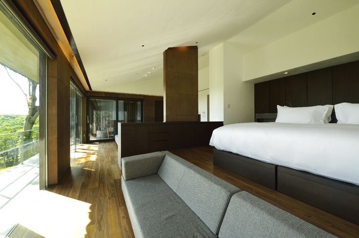 Yoshitsu Villa || Zaborin 坐忘林 | Architect: nA Nakayama Architects | Photographer: Ken Goshima