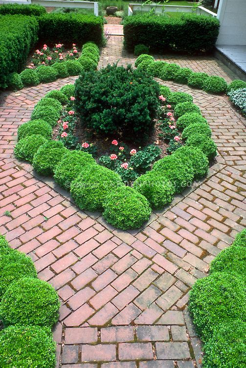 examples of the garden design garden design ideas shaped walkway - Small Garden Design Examples