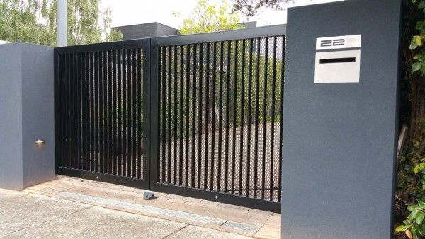 Looking for fencing contractors Melbourne in Australia? Look no further than Kontis Fencing & Automatic Gates . Servicing both domestic and commercial clients across Melbourne, Victoria, we build and install quality fencing and gates for both residential and commercial clients.  #ColorbondfencingMelbourne