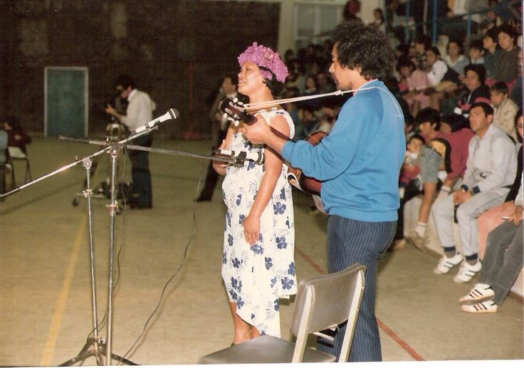 Teresa Ika y Marcos Rapu