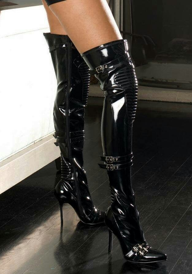Latex boot tube