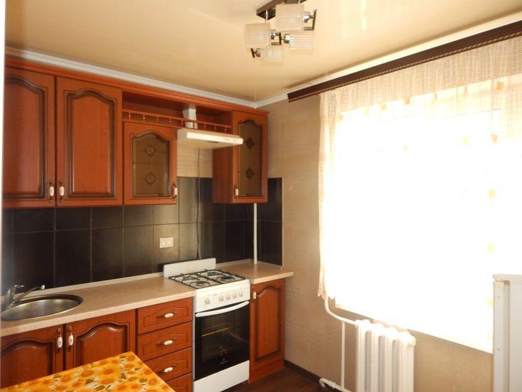 Предлагаем для долгосрочной аренды в Ставрополе  2 - комнатная квартира по адресу 50 лет ВЛКСМ25/7,, ремонт современный,кухонный гарнитур, мягкая мебель, новая мебель, б/у хорошая, общей площадью 44.6 кв.м, дом Кирпич, Центральное отопление, Газ-плита, наличие бытовой техники - стиральная машина (-), холодильник (+), телевизор (+),парковка стихийная, номер объявления - 16229, агентствонедвижимости Апельсин. Услуги агента только по факту заключения договора.Фотографии реальные…