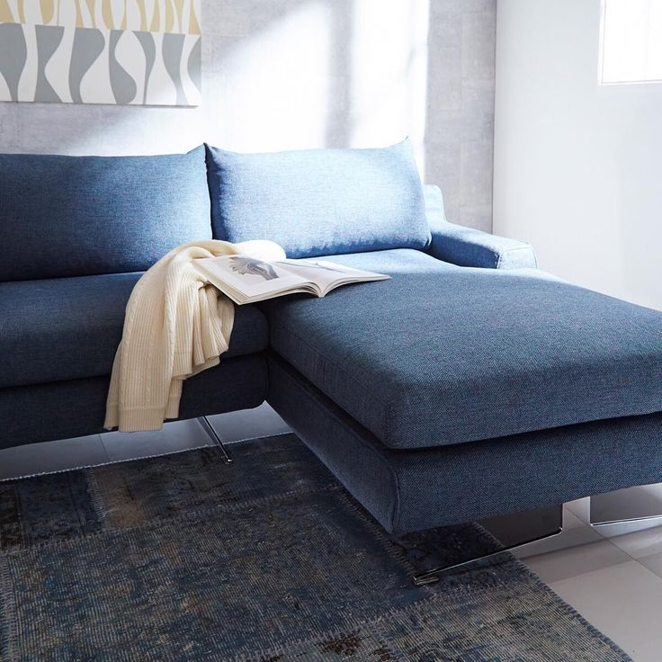 If you get sleepy while reading, you just can stretch your legs and sink into the comfort of your couch sofa. #FLYMEe #interiordesign #livingroomdecor #cozyhome #sofa #moderndesign #homestyle #instahomes #homedesign #homeinspiration #instainteriors #フライミー #ソファ #暮らし #シンプルモダン #日常 #ソファー #リビング #ブランケット #インテリア #おうち #くつろぎ