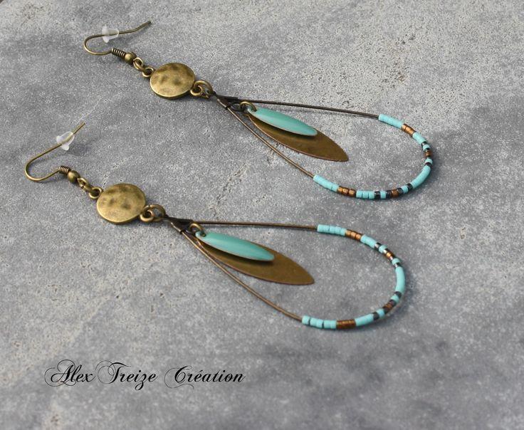 Bijou Créateur - Boucles d'oreilles créoles gouttes bronze doré breloques plumes perles Miyuki et sequins émaillés turquoise