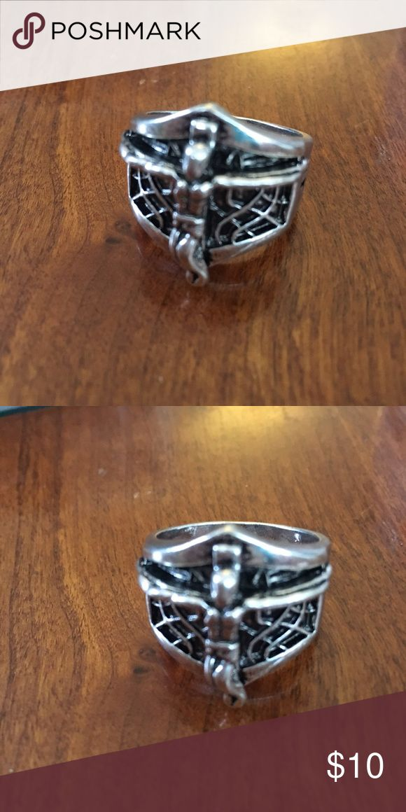 MENS Jesus On the Cross Silver Tone Ring Men's 11 Brand new came in packaging with no tags. Size MENS 11. Jesus on the cross. Mixed metals. Costume Jewelry Accessories Jewelry