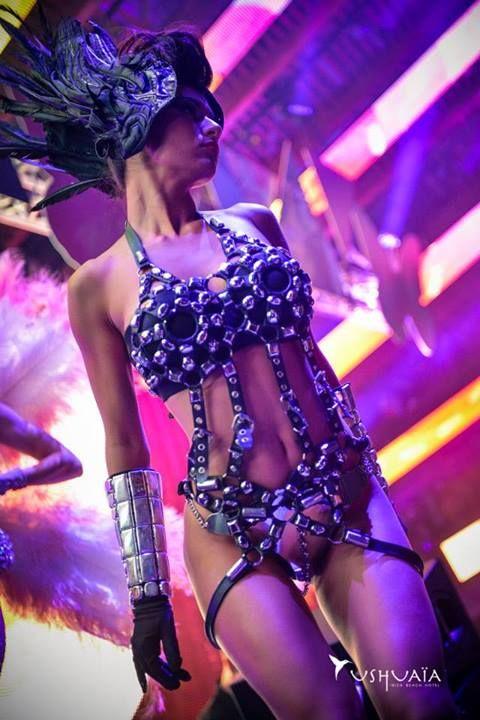 Ushuaia Ibiza Beach Party Gogo Bailarinas Vestuarios Pinterest Bailarines Y Vestuarios