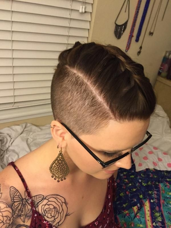 rebelkaye0427: My sister did this awesome French... • Girls with short hair