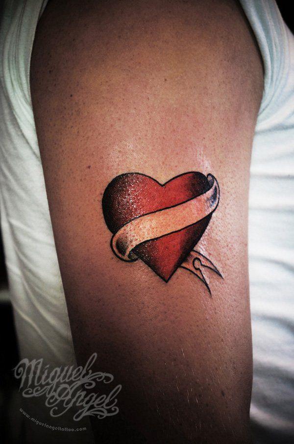 49 best tatouage dessin coeur images on pinterest. Black Bedroom Furniture Sets. Home Design Ideas