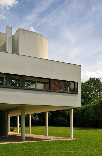 66 best Le Corbusier - Villa Savoye images on Pinterest Le