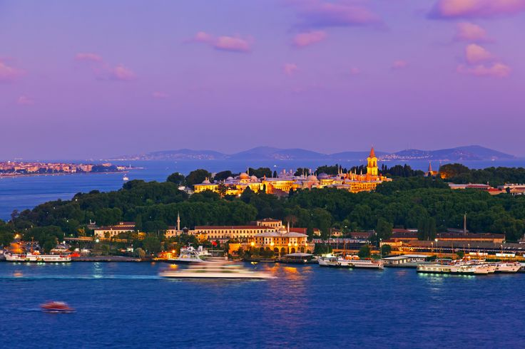 Beautiful scenic view of Istanbul Turkey, experience worry free and high quality cosmetic surgery.