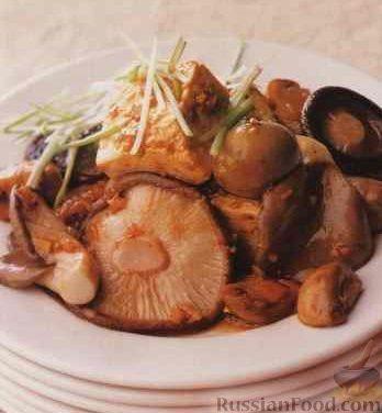 Суп грибной с жареным картофелем
