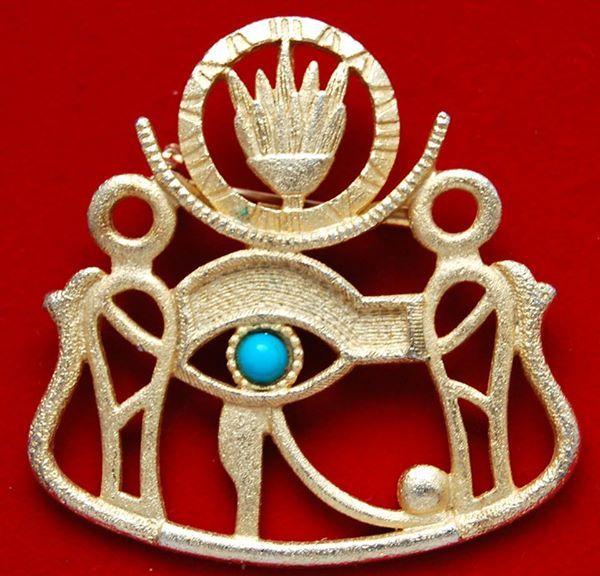 Брошь Око Ра, золотистый тон, имитация бирюзы, 2 пол 20 века