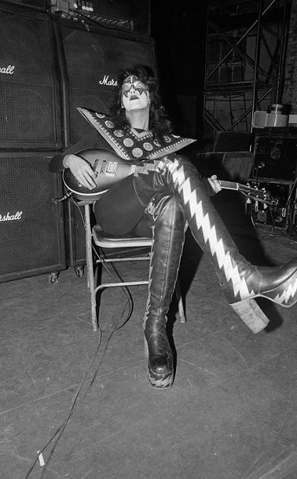 Dressed To Kill Tour Beacon Theater New York City, March 21, 1975
