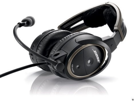 Bose noise cancelling headset  with bluetooth (stereo)
