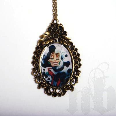 Crudelia Demon Very Long Necklace / Collana Vintage Crudelia Demon, by les noire bijoux, 22,00 € su misshobby.com