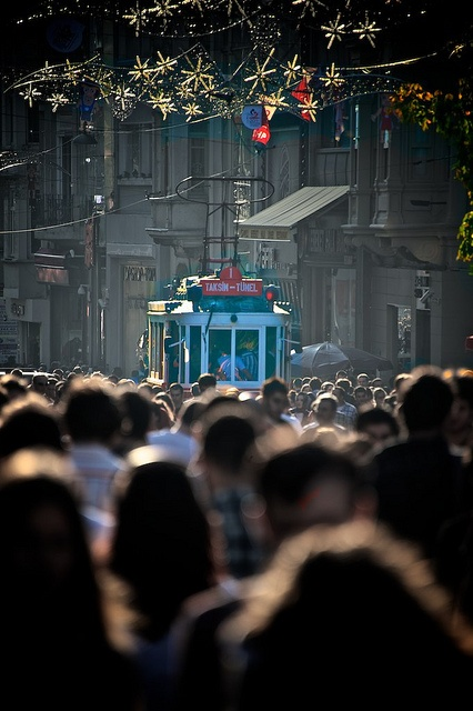 busy busy istiklal