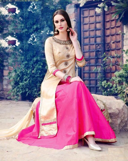 Off White BhagalPuri Silk Top With Stone Work, Pink Free Size Stitched Lehenga with Pure Chiffon Dupatta Decorated With Lace All Around. #salwarsuits #partywearsuits #designersuits #ladiessuits #silksuits #lehenga #designerlehenga