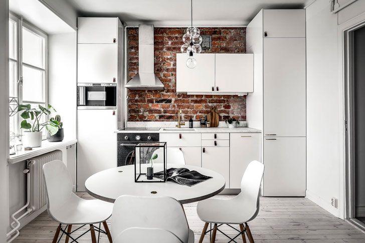 Kitchen with a brick wall #brick #wall #kitchen #white #scandi #style