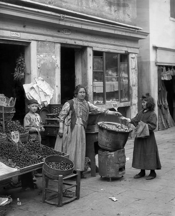 At the greengrocer's (1894)