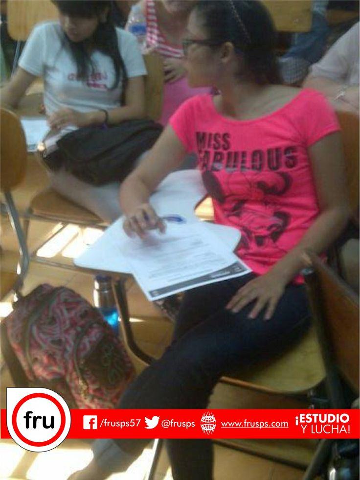 Realización Encuesta Consulta Estudiantil #JuntosTodosPodemos