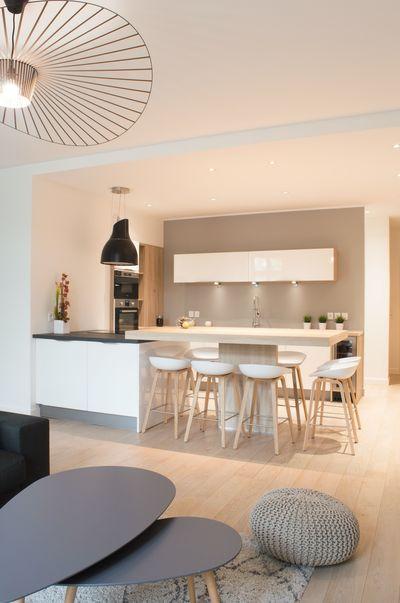 25 best ideas about lyon on pinterest france paris cafe and cafe france menu. Black Bedroom Furniture Sets. Home Design Ideas