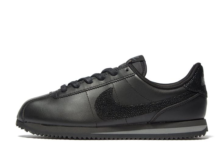 Nike Cortez Leather SE Junior – Achète en ligne Nike Cortez Leather SE Junior avec JD Sports, le leader du Sport Fashion et Streetwear en Angleterre.
