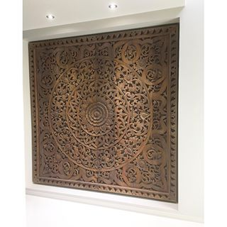 So excited to see this magnificent wall carving installed. This is a feature wall! Can you imagine you open a front door and the first thing you see is this floor to ceiling teak panel. It was skillfully hand carved in northern Thailand.