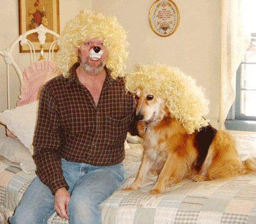 These fabulous divas. | The 49 Most WTF Pictures Of People Posing With Animals