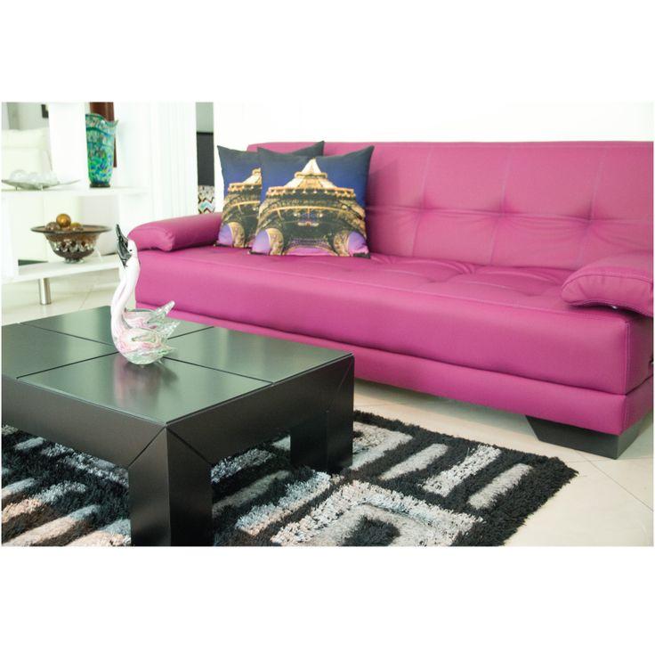 Hay un sueño que se llama Romance; Por eso queremos que tu hogar siempre esté con el mejor estilo.  #Sofa #Muebles #maderymuebles #Estilo #Decoración  www.maderaymuebles.com.co