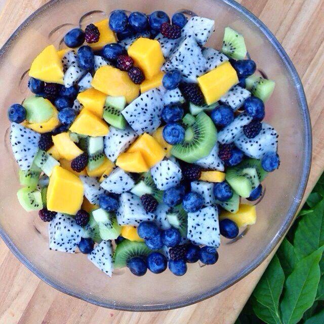 Mangos, kiwis, blueberries, black berries, & dragon fruit