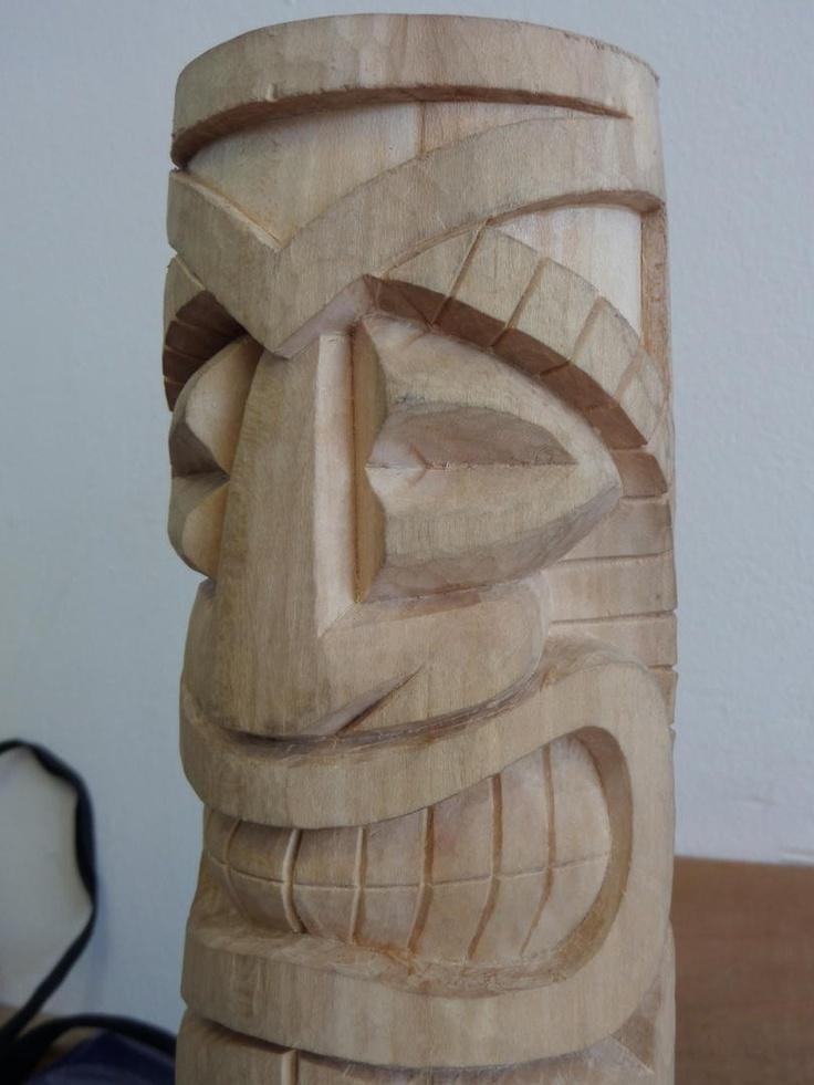 Tiki tallado en madera de tilo por albert taller